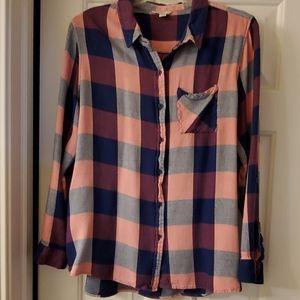 Womens XL button up shirt.